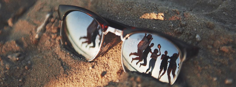 79b865ad55ae Occhiali da sole specchiati modello aviatore