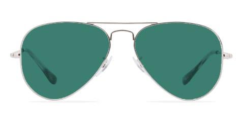 Lunettes de soleil avec des lunettes vertes