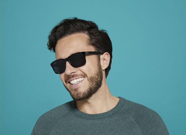 Wat is een goede zonnebril? | Pearle Opticiens
